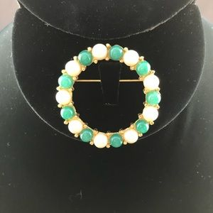 Vintage round gold pin with pearls and green beads